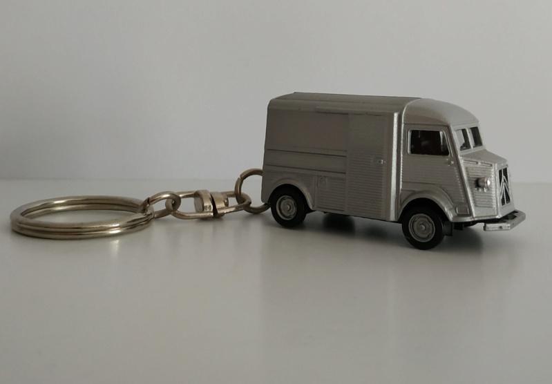 Porte-clefs /miniature 1/87 Minia106