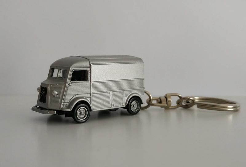 Porte-clefs /miniature 1/87 Minia107