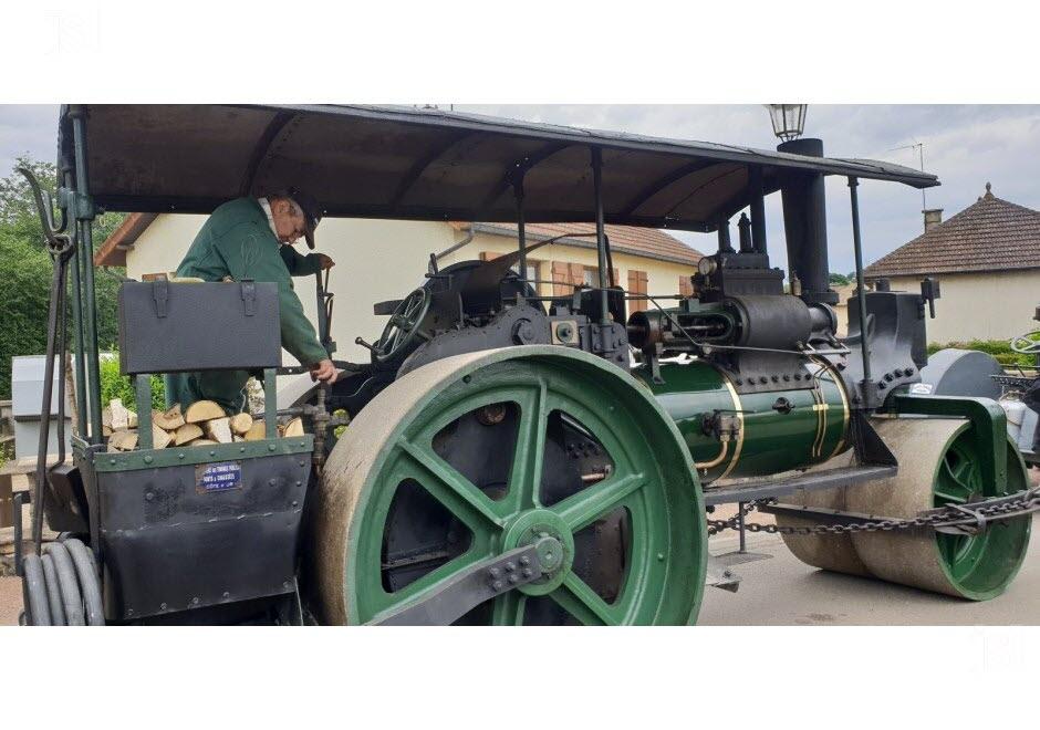 71 - Vendenesse-lès-Charolles : exposition de véhicules anciens le 9 Juin 2019 Un-cyl10