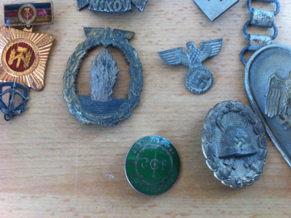 Différents insignes All WW2 Img_0510