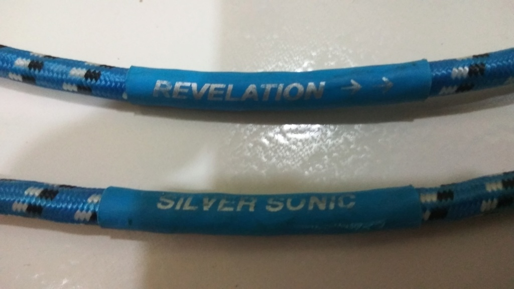 DH Labs Silver Sonic Revelation Interconnects - RCA (Price reduced) Img_2014