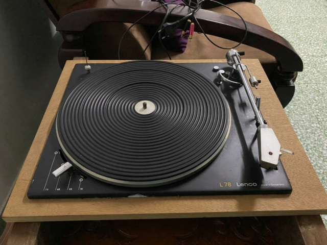 Lenco L78 Turntable Swiss Made( Used) Whatsa12