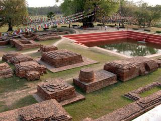 Quand Bouddha a t-il vécu ? Un indice archéologique découvert au Népal 800px-13