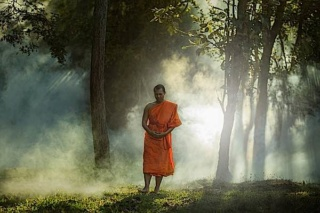 AN 5.29 Caṅkama Sutta — Méditation marchée — Buddha12