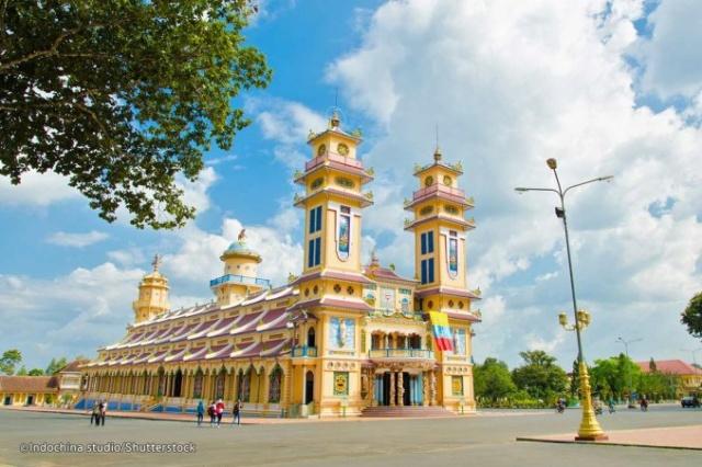 Les religions du Vietnam Cao_da10