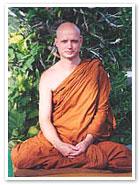 Patience et endurance, les plus belles vertus du méditant engagé Jayasa10