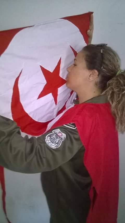 La femme tunisienne 37805010