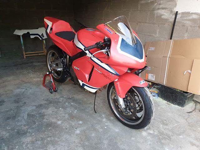VENDU - Vente 600 CBR RR 2004 / 7000km / 3000€ Aprzos11