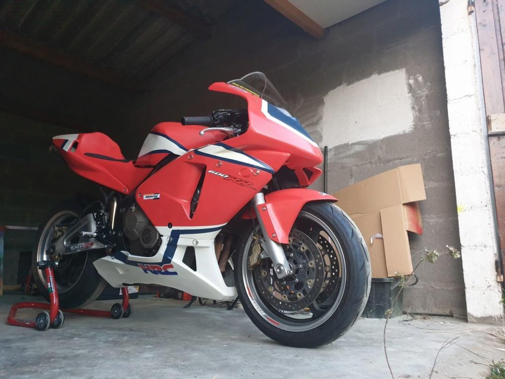 VENDU - Vente 600 CBR RR 2004 / 7000km / 3000€ Cbr10