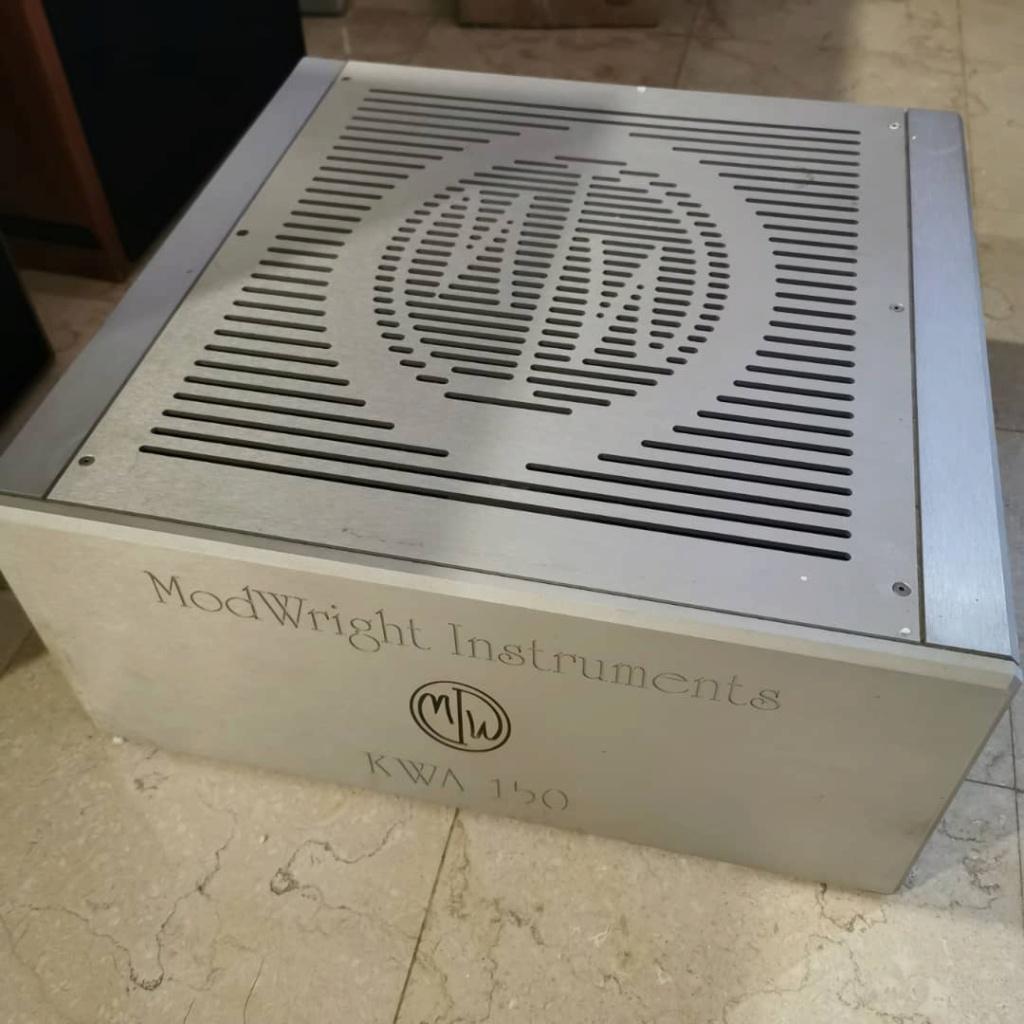 ModWright KWA 150 Stereo Power Amplifier 3b927a10