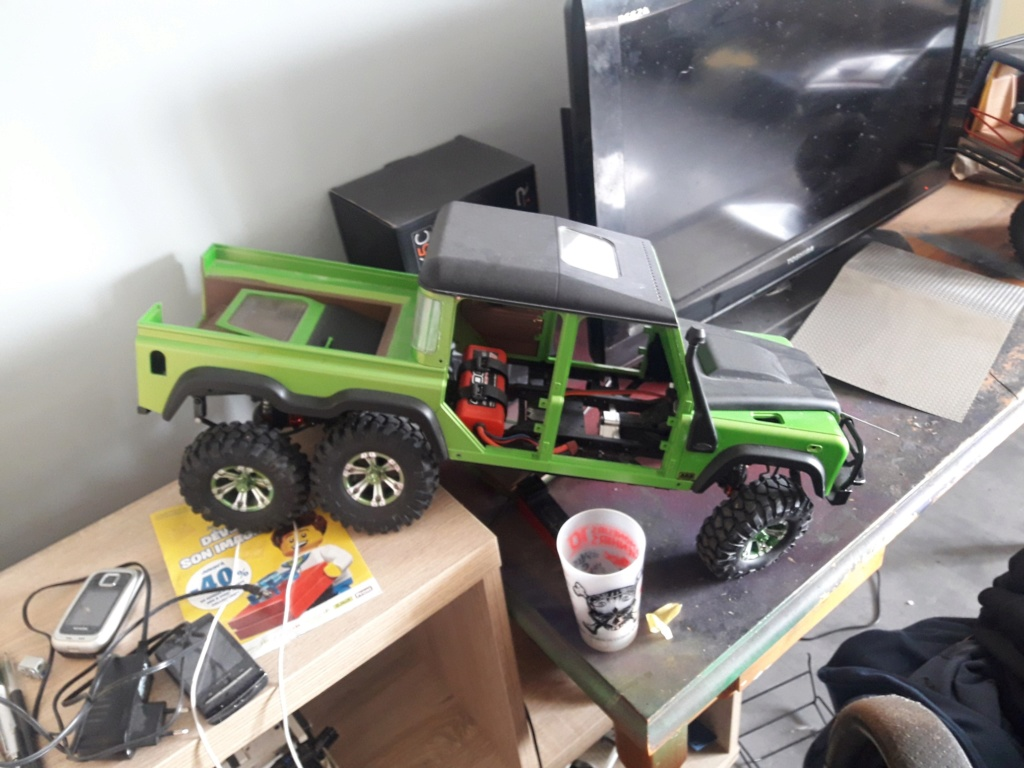Le 6x6 Boom-Racing Defender D130, vu qu'il y a de la demande... 20190313