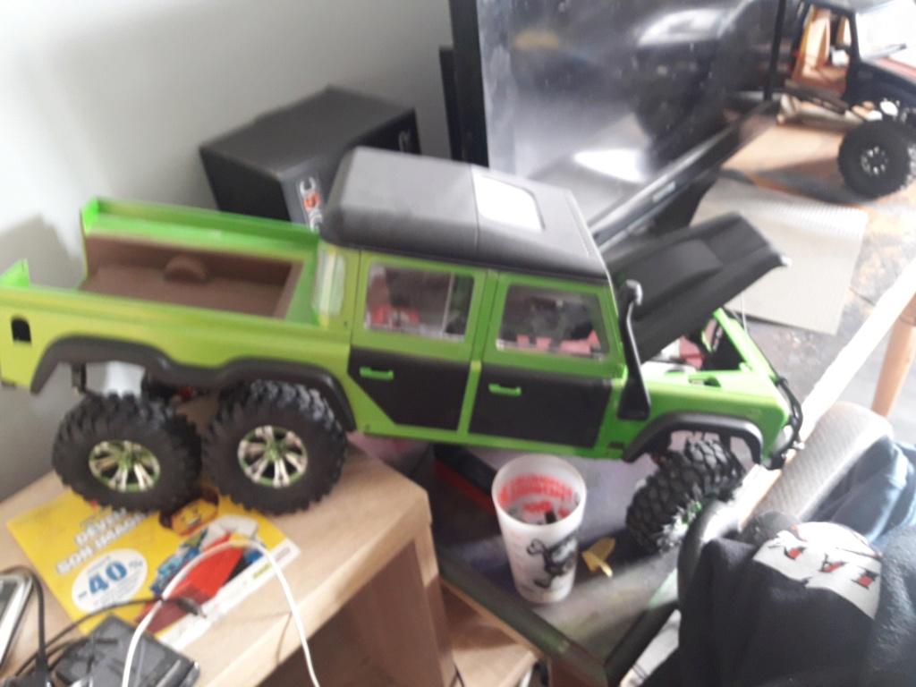 Le 6x6 Boom-Racing Defender D130, vu qu'il y a de la demande... 20190314