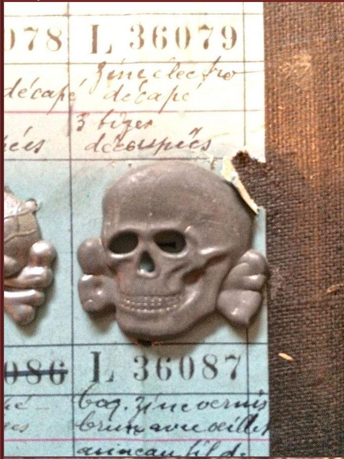 Authentification. Kragenspiegel SS et Totenkopf de Schirmmütze 32520p10