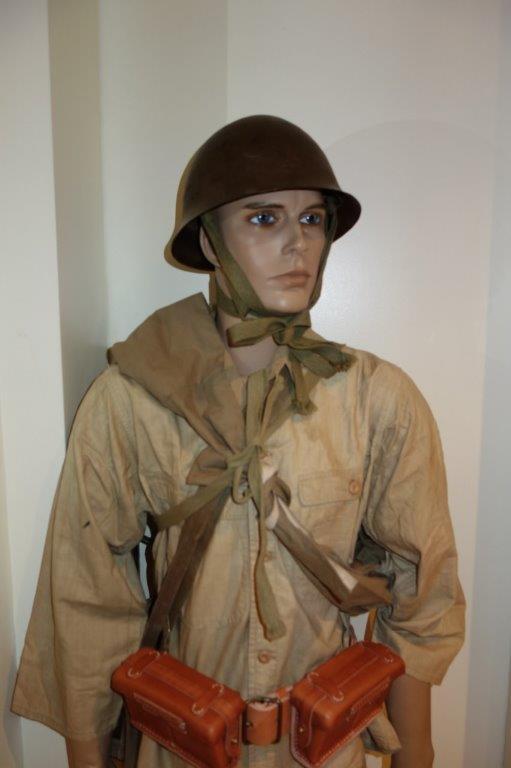Nipon ni mauvais 1 Soldat, tenue allégée. - Page 2 Dsc04326