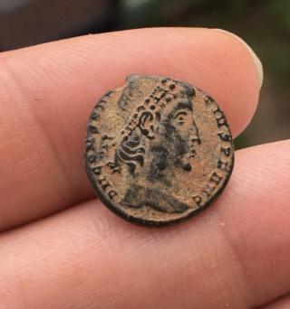 Nummus de Constance II Constantinople? Fa107310