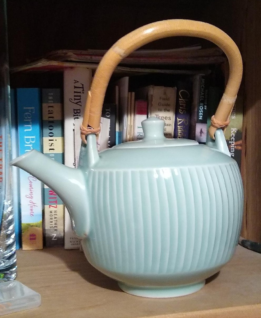 David Leach teapot design for Highland Stoneware  Pot_ed11