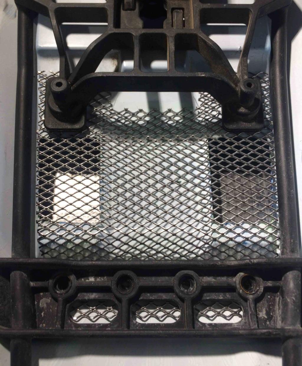 [E-Revo 2.0 6S] Chauffe => Aération coque + grilles + dissipateur moteur Img_0517