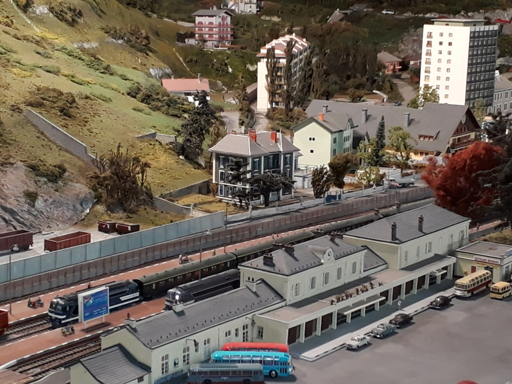 Gare de Moutiers Salins Brides les bains (avant électrification) en HO 20200712