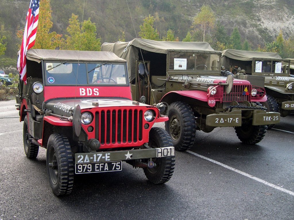 Jeep willys OD et rouge  2b257c10