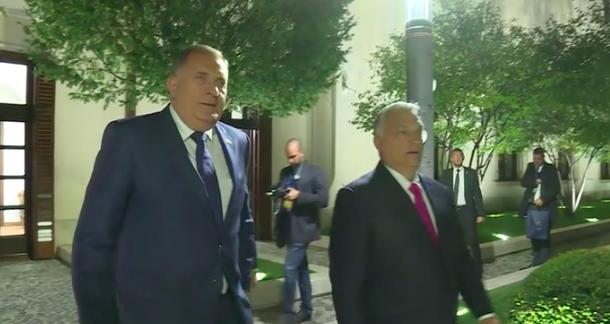 Dodik sa Janšom i Orbanom na desničarskom summitu u Budimpešti - Page 2 Slika143