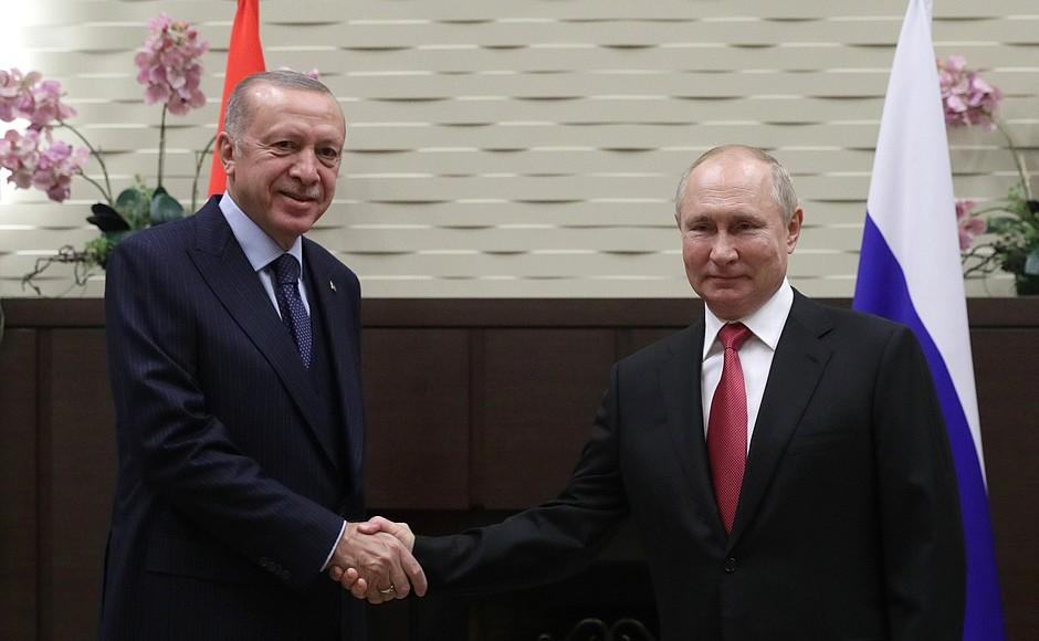 Rusko-Turski summit u Sočiju: Na stolu Sirija, Libija, Afganistan, Kavkaz i Balkan V68cwk10