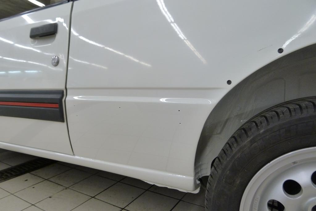 [90]  205 GTI 1L6 - 115cv - AM88 - Blanc Meije - Nouvelle Lionne au pays du Lion 05810