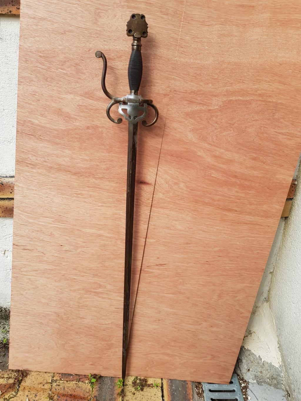 Epée type violet le duc 1-110