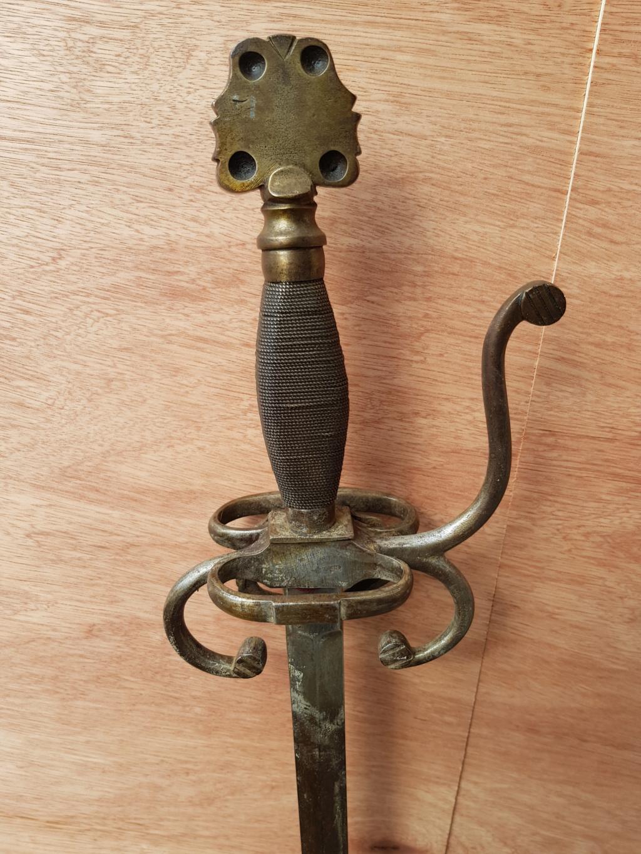 Epée type violet le duc 1-310