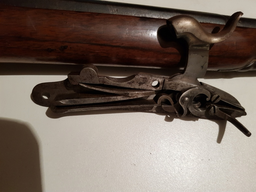 Carabine de chasse avec platine de la manufacture Impériale a Versailles 20210777