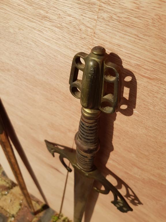 Epée type violet le duc 3-610
