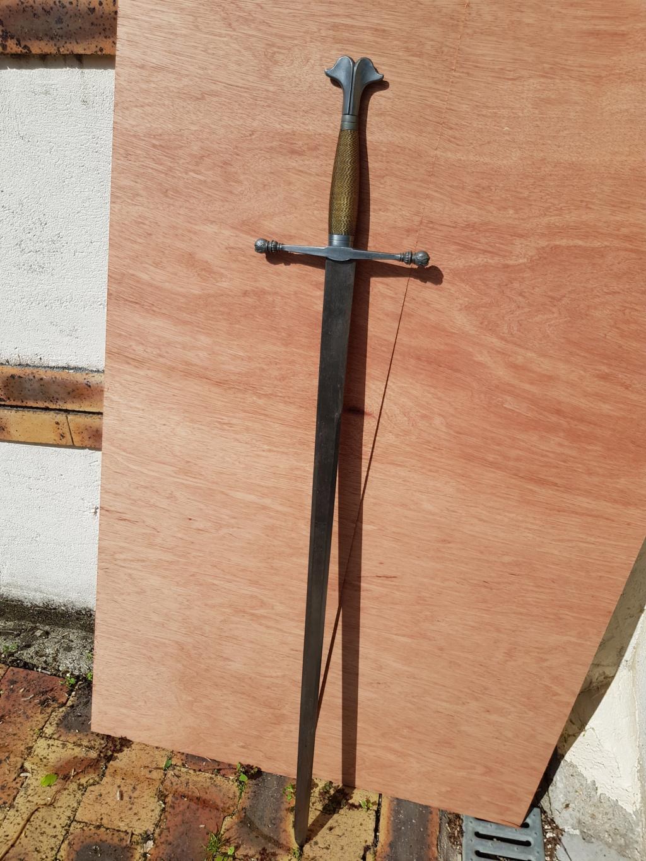 Epée type violet le duc 5-110