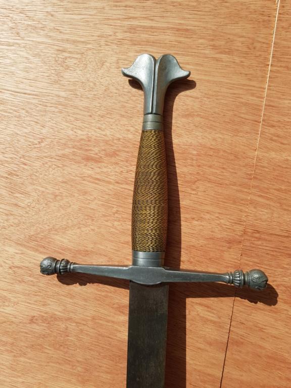 Epée type violet le duc 5-210