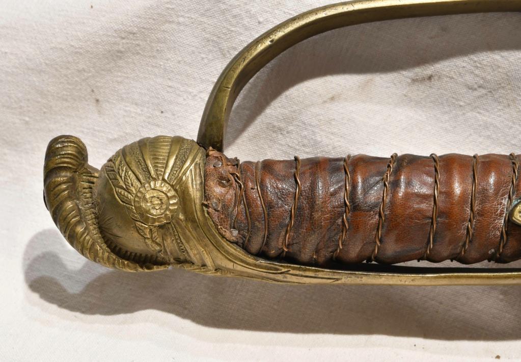 Renseignement sur sabre de cavalerie Dsc_4624