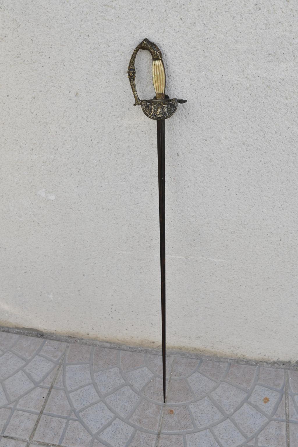 Epée de cour époque restauration Dsc_4911