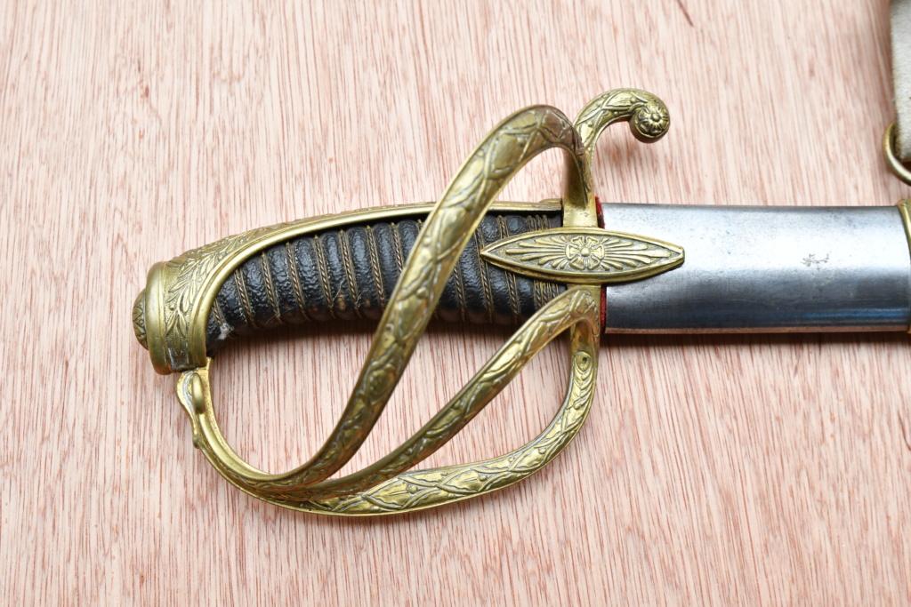 Sabre d'officier de cavalerie type an IX Dsc_5112