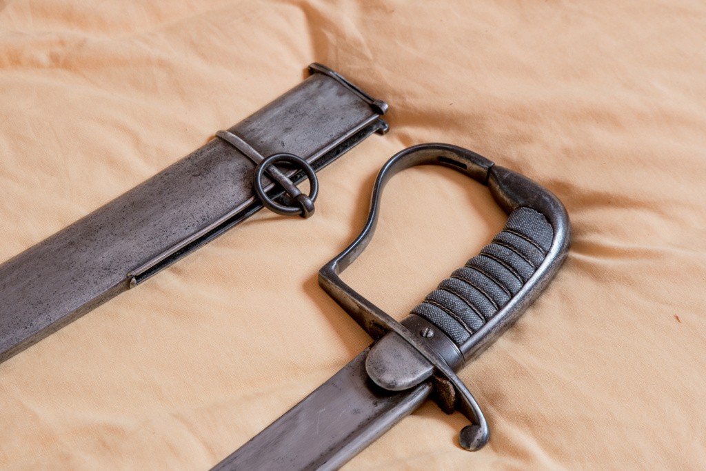 Sabre de cavalerie prussienne, anglaise ou autre ?? Dsc_5214