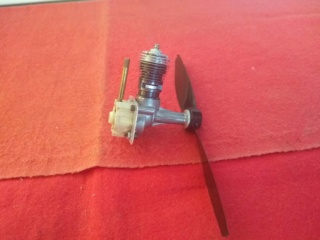 Engines Cox Thimble-Drome Space-Bug Jr./Mc Coy Duro Glo Diesel .049 Cox_th10