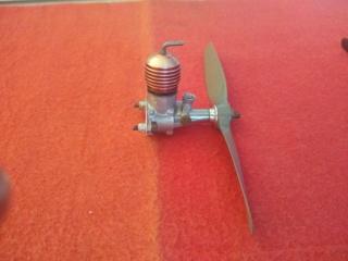 Engines Cox Thimble-Drome Space-Bug Jr./Mc Coy Duro Glo Diesel .049 Mc_coy14