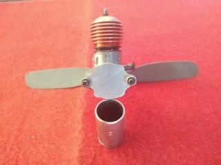 Engines Cox Thimble-Drome Space-Bug Jr./Mc Coy Duro Glo Diesel .049 Mc_coy15