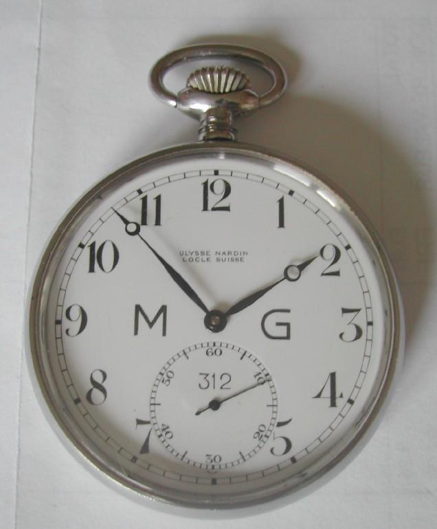 Spécial 11 novembre ... Les montres de soldats inconnus  Dscn1713