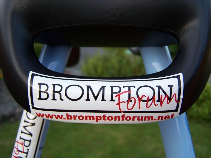 Les stickers Bromptonforum sont là ! 100_4411
