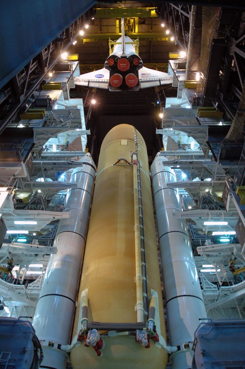[STS124 / ISS 1J] Discovery : Préparatifs - Page 3 08pd1012