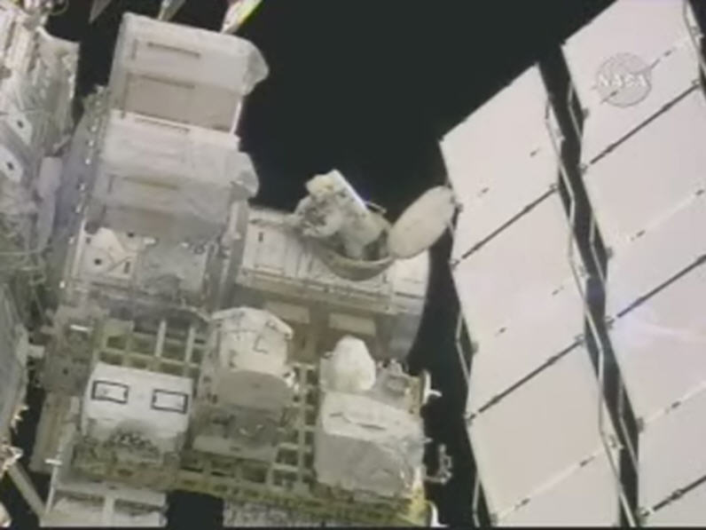 [STS123 / ISS1J/A] : EVA 5 122