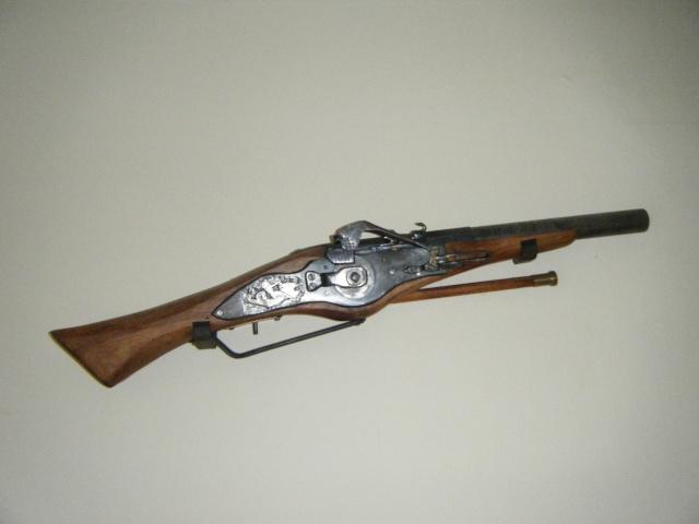 Deux de mes realisations, Arquebuse et pistolet 01910