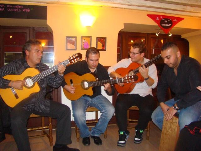 Soirée Gipsy au Lizarran Paris le 22/10/11 - Page 2 Dsc06415