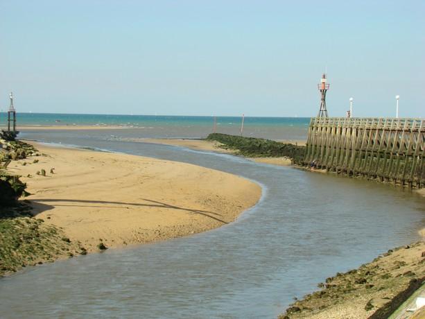 mon voyage en normandie, Courseuilles, Arromanche, OMAHA, Port en Bessin, Douvres la Delivrande Corseu16