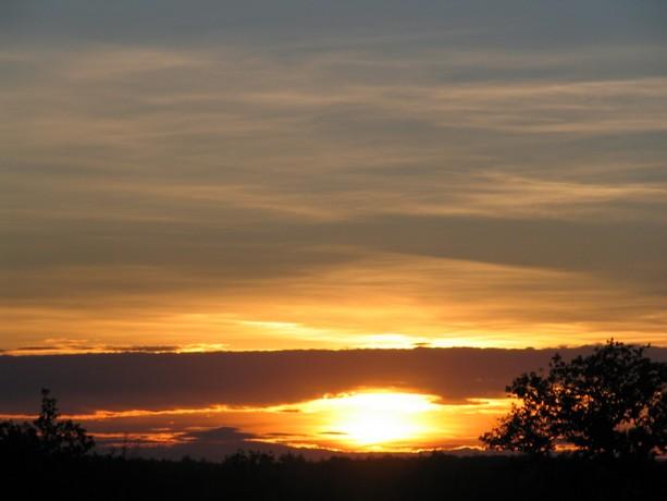 LES COUCHERS DE SOLEIL. et lever de soleil Img_0097