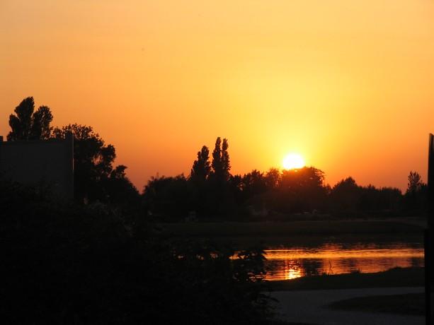 LES COUCHERS DE SOLEIL. et lever de soleil Img_5510