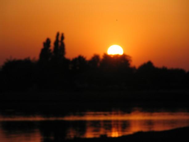 LES COUCHERS DE SOLEIL. et lever de soleil Img_5511