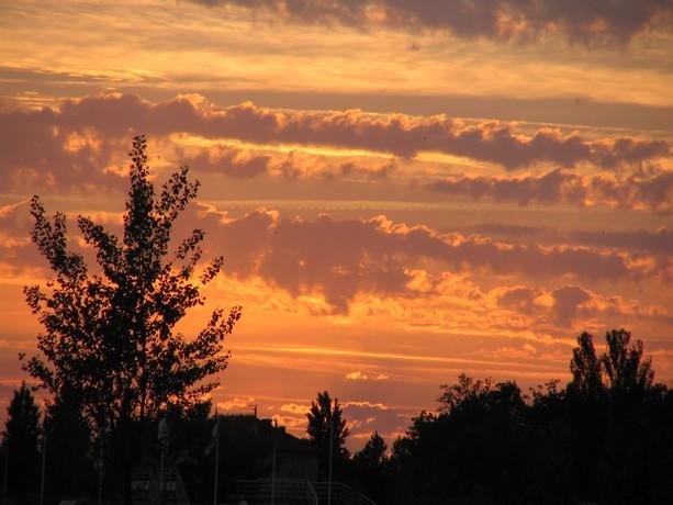 LES COUCHERS DE SOLEIL. et lever de soleil Img_5513